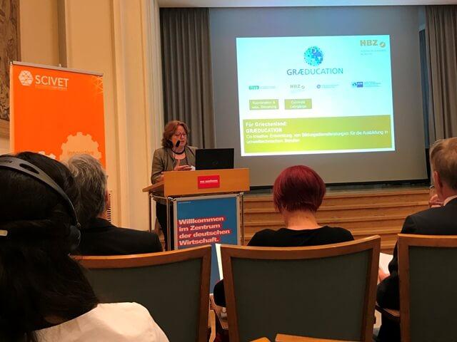 Sabine Heine, HWK Münster, berichtet vom GRAEDUCATION-Projekt.mit Griechenland