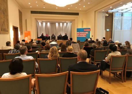 Podiumsdiskussion bei der SCIVET-Fachtagung